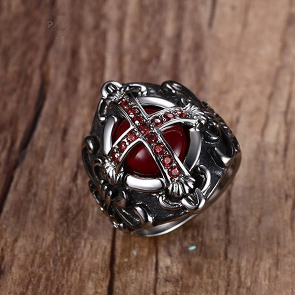 Mens Vintage The End Time Cross Rings With Blood Red Inner Zircon Stones Acero inoxidable Punk Male Jewelry Tamaños 7-12