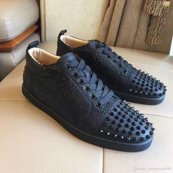 Дизайнер Кроссовки Low Cut Шипы Квартира обувь с красной подошвой для мужчин и женщины кожаных кроссовок партии Дизайнерской обуви продающихся Sneakerdeal