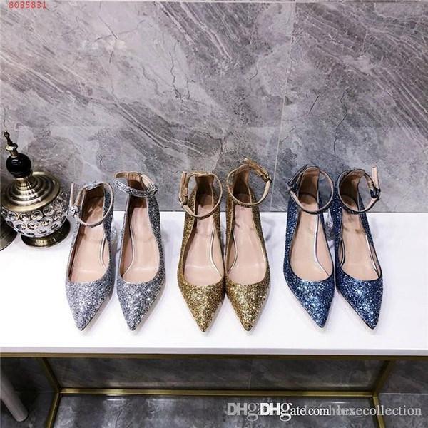 أحذية مطرزة جديدة لربيع وصيف ، كعوب كعب مكتنزة شفافة حفلات عادية ، أحذية فستان الزفاف التجارية