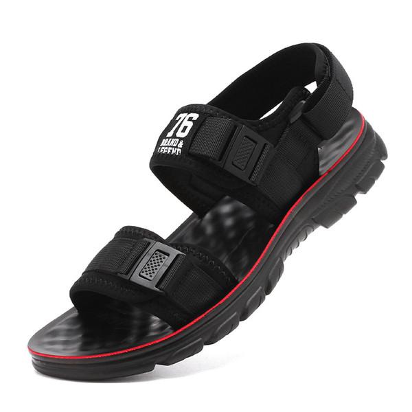 2019 nouveaux hommes sandales d'été fond mou casual personnalité personnalité mode confortables chaussures de plage antidérapantes sandales de sport