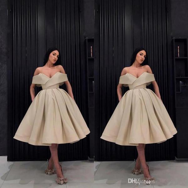 Champagne 2019 fuera del hombro vestido de bola Vestidos de cóctel Plisados Vestidos de baile de fin de año formales Vestidos de fiesta formales Vestidos De Novia