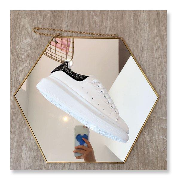 Yeni Gelenler Mens Womens Moda Lüks Platformu Ayakkabı Düz Casual Lady Yürüyüş Casual Sneakers Aydınlık Floresan Ayakkabı xsd19040301