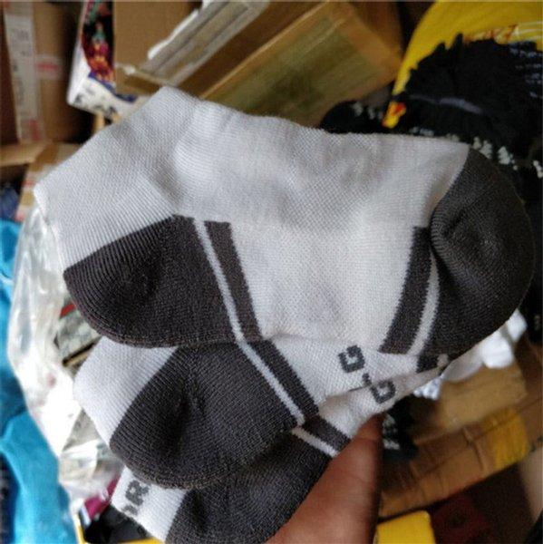 U verão dos homens da tripulação tornozelo meias baixo corte curto meias esportivas toalha de fundo para baixo tornozeleiras meia chinelos de marca meias meias meias c62903