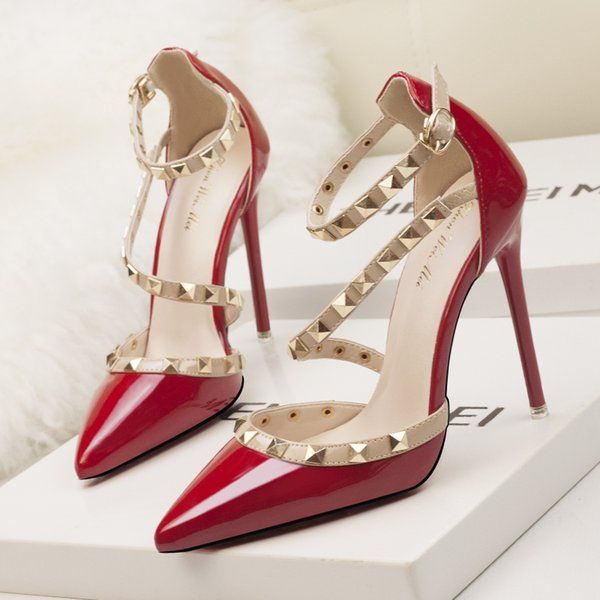 designer red heels shoes woman extreme high heels wedding mary jane shoes italian brand rivets valentine shoes women sexy pumps stiletto