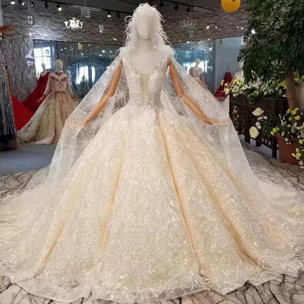 Tank Style Wedding Dress With Hood Deep V-Neck Sleeveless Sparkly 2019 Newest Wedding Dresses Champagne With Shiny Hat Veil Bridal Gown