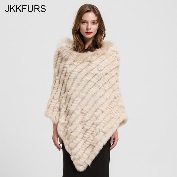 70e008105ed36 2019 женщин пончо из натурального меха кролика вязаный платок енот меховой  воротник высокое качество большой плащ