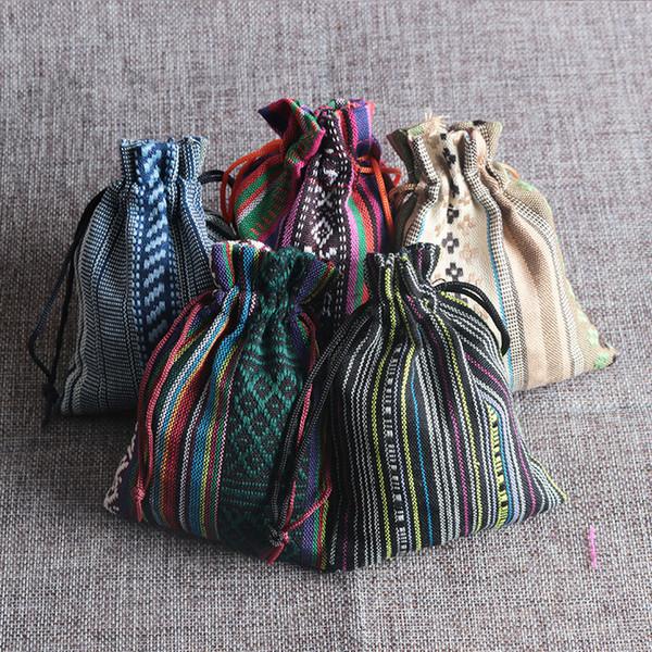 50pcs 9 * 13cm mezcla del viento del algodón del estilo de las Naciones Bolsa de embalaje color de la joyería hecha a mano bolsas de cordón raya bolsas