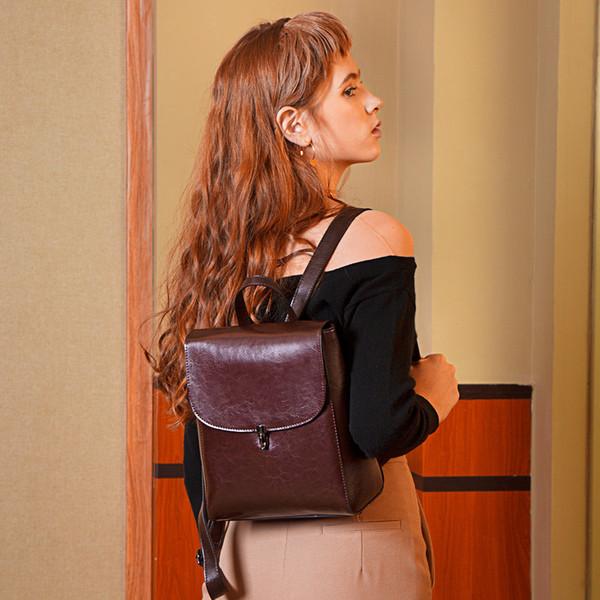 0786Europäischen und amerikanischen Original neue Mode lässig vielseitig Rindsleder große Kapazität Reise Dame Rucksack reine Farbe einfachen Rucksack