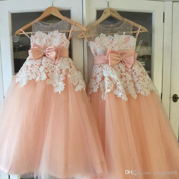 2020 Hot Cute Flower Girl Dresses Blush Pink Vestidos de primera comunión para niñas Vestido de fiesta Vestidos de fiesta con cuentas en la nube