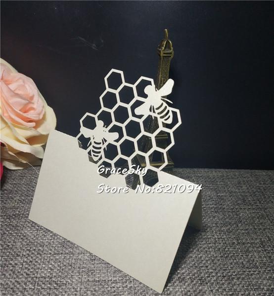 50 adet Ücretsiz Kargo Lazer Kesim Littie Arı Tasarım Kağıt Yer Adı Düğün Davetiyesi Kartları Bebek Duş Doğum Günü Partisi Masa kart
