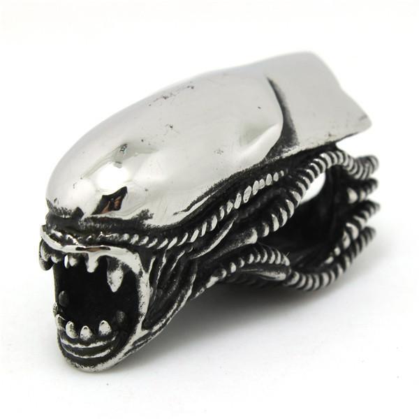 top popular Newest chewing Pendant 316L Stainless Steel Jewelry Cool Design Men Boys Alien Shape Pendant 2021