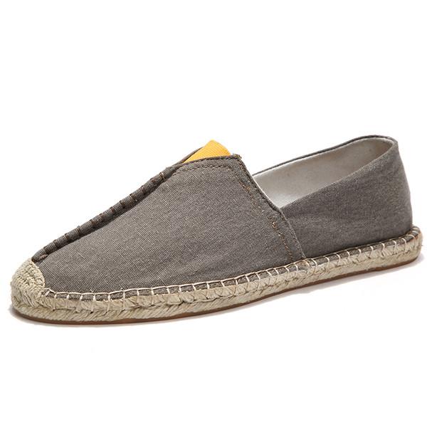 Venta caliente masculina Lona Mocasines de conducción livianos y resistentes Empalme Zapato informal Cáñamo Paja Zapatos planos sin cordones Verano