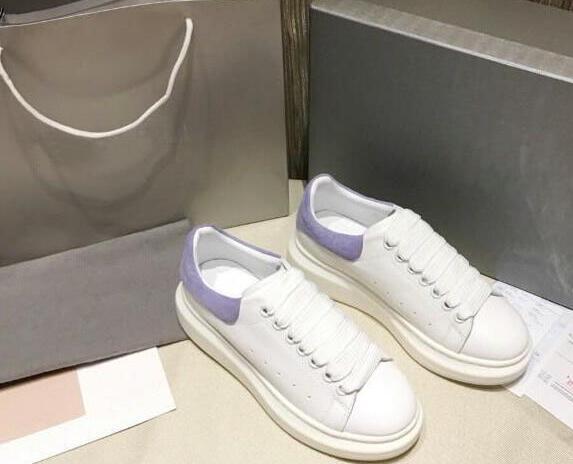 Дизайнер Человек Повседневная обувь для фитнеса Кожа Мужская женская мода Белая кожаная удобная обувь Плоская повседневная обувь Daily Jogging qqwq10