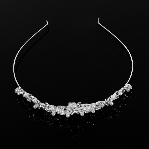 Alloy Wedding Headband Flowers Crystal Tiaras and Crowns Love Bridal Prom Crown Party Accessiories Hair Natural Hair Clip Ins