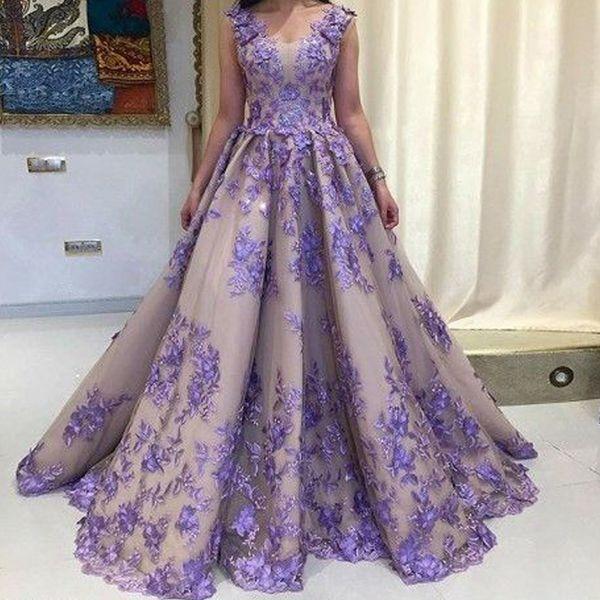 Purple Prom Dresses 2019 Lace V Neck Appliques Ball Gown Floor Length Evening Dresses Arabic Women Formal Dresses Gowns