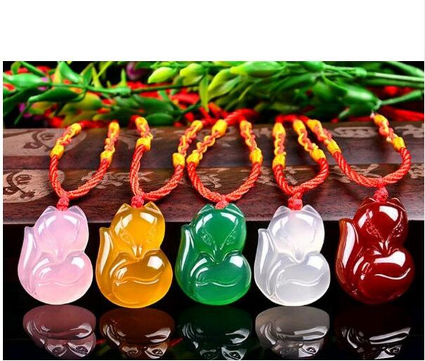 100% White red pink Natural green Agate Carved Cute Fox Amulet Lucky Pendant Necklace Fashion Blessing Lover's Jewelry