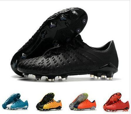 brand new f66f0 36278 2019 Hot Sale Hypervenom Phantom III DF FG Soccer Shoes Outdoor Hypervenom  ACC Socks Soccer Cleats Low Ankle Football Boots 39 45 From Cr7shoes, ...
