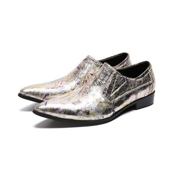 Los hombres del verano plano de los zapatos de cuero del caballero Partido clásica de negocio de los zapatos de juego del partido de la boda del oro metal de la extremidad Zapatos