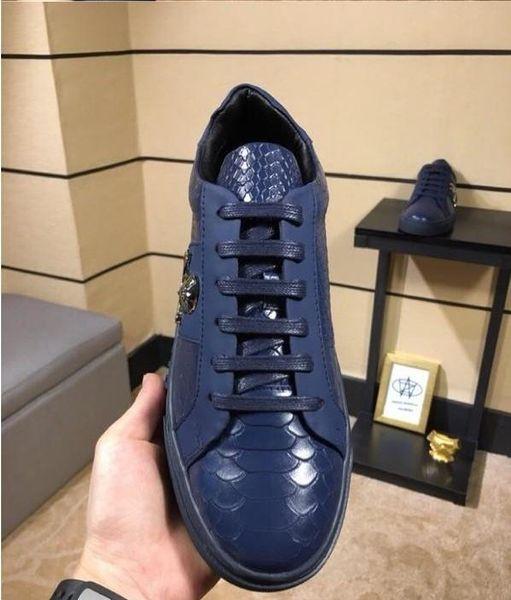 2019 de alta qualidade Top Apartamentos de Luxo Homens Sapatos Famosos Estilo de Moda Sapatos de Couro Genuíno Homens Sapatos Casuais38-45 mn189602603