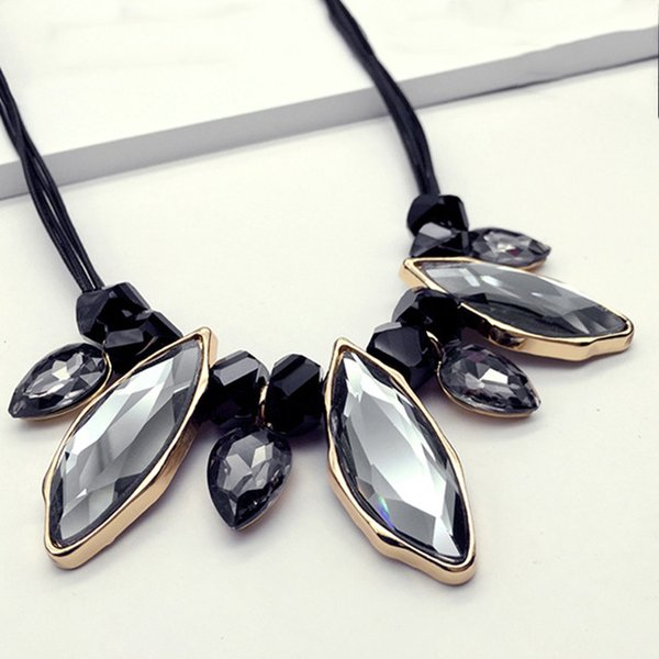 кристалла ожерелье