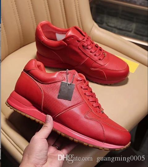 2019 de alta qualidade Top Designer De Luxo Apartamentos Homens Sapatos Famosos Estilo de Moda Sapatos de Couro Genuíno Homens Sapatos Casuais mb89601