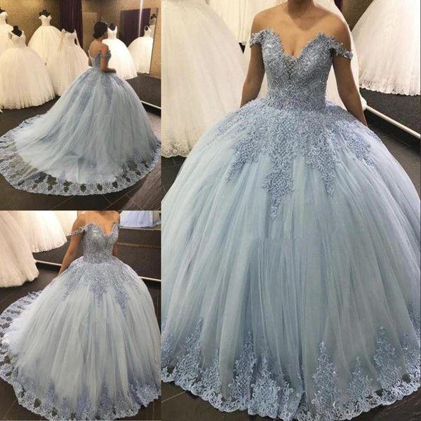 2019 Kapalı Omuz Quinceanera elbise Balo Dantel Aplike Tatlı 16 Abiye Sweep Tren Backless Balo Parti Abiye