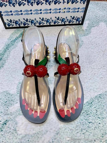 Nouvelle mode femmes sandalesFashion Sandals Bohemian Sawberry Pantoufles Femme Appartements Flip Flops Chaussures Summer Beach Sandals