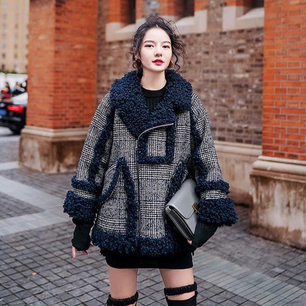 ShinTong Winter Nice Original Design Brand Gear Port Taste Chic Wind Lamb Hair Coat Winter New Short Locomotive Wool Coat