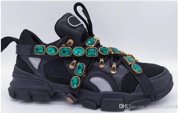 Las zapatillas de deporte de diseño zapatos de diseño de corte bajo Spikes Flats zapatos rojos de fondo para los hombres y zapatos de diseñador mujeres cubren las zapatillas de deporte del partido xyh19027608