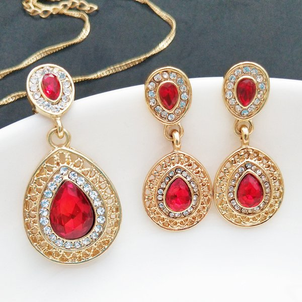 Wish Heat Pin New Pattern Ear Nail Necklace Suit Group Close Crystal Earrings Water Drop Pendant Ornament Three Piece Set