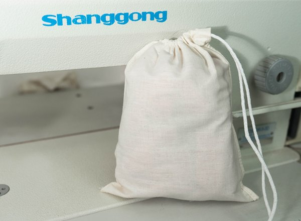 top popular WHOLE SALE ONLY , NO RETAIL SMALL polyester Cosmetic Bags sample bag 2019