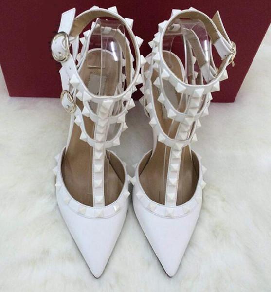 Novas mulheres sandálias de salto alto sapatos de casamento de couro Rebites Sandálias Das Mulheres Cravejado Tiras Vestido Sapatos v Sapatos de salto alto + logo + caixa