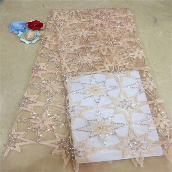 Ultimi design Perline Tessuto in pizzo Africano Net Lace Indian Noble Lady Abito da sera Materiale cucito paillettes Guipure tessuti rosa