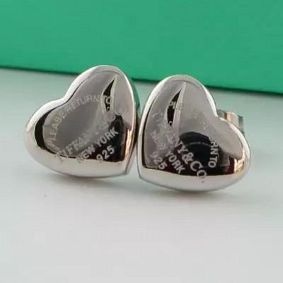 2019 lovely de igner brand ro e gold ilver heart tud ear fa hion titanium teel love earring for women girl whole ale