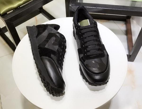 Unissex couro genuíno Das Mulheres e Homens Sapatos casuais camo / borboleta v stud sneakers designer de pista de moda celeb Sapatos Baixos 7 gdfs