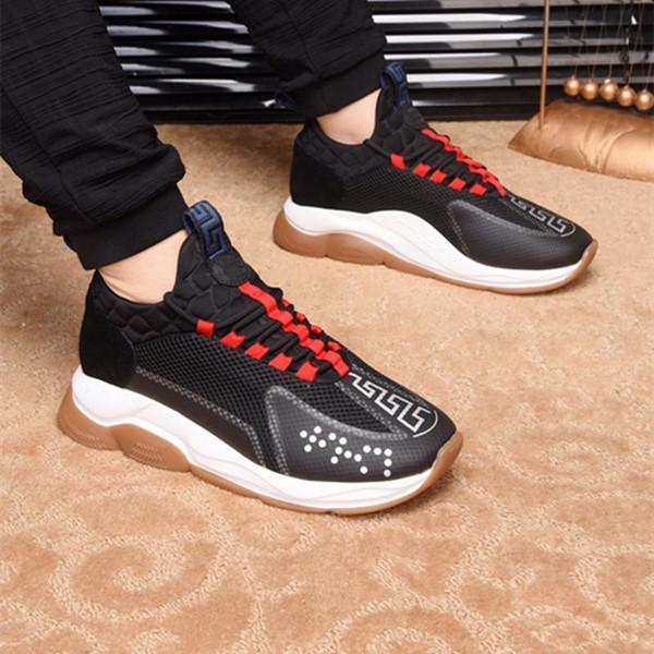 Nuove uscite donne casuali del progettista degli uomini delle scarpe da tennis di moda dei pattini casuali Trainer Leggero Link-Embossed Sole A05