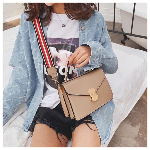 2019 ins yeni stil kadın tek omuz çantası moda trendi sözleşmeli tasarım Mizaç joker messenger çanta küçük kare çanta