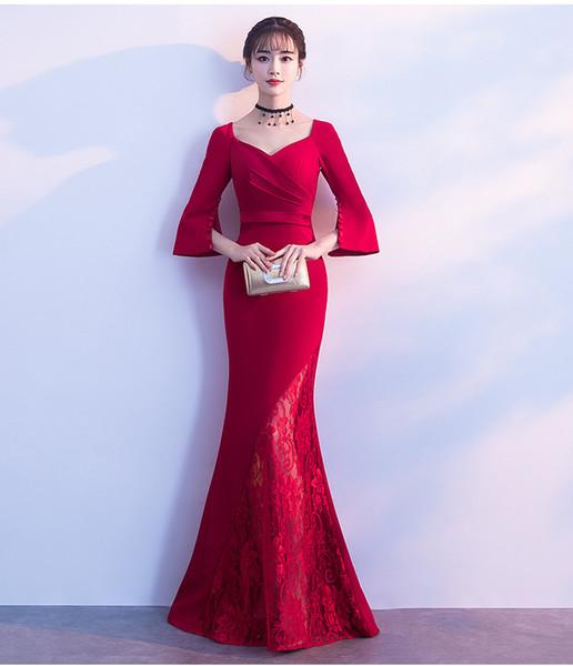 2019 Otoño Vestido de Noche Nueva Mujer Banquete Dignificado Atmósfera Roja Cola de Boda Novia Tostada Anfitrión Traje A0065