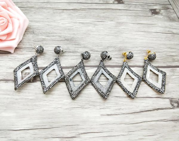 Moda orecchini fatti a mano a forma di foglia scavano fuori pavimentano strass nero ciondola per le donne gioielli orecchini orecchini ER683
