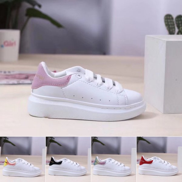 2019 Fashion Luxury Designer Kids Shoes For Boys Girls Sneaker Thick Bottom White Black Red Baby Casual Shoes Size 24-35