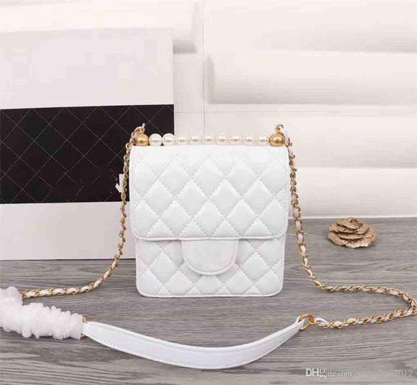 2019 Super Hot Letter Single Umhängetasche, Fashion New Damen-Kettentasche, Deluxe Flip Bag, Designer-Handtasche