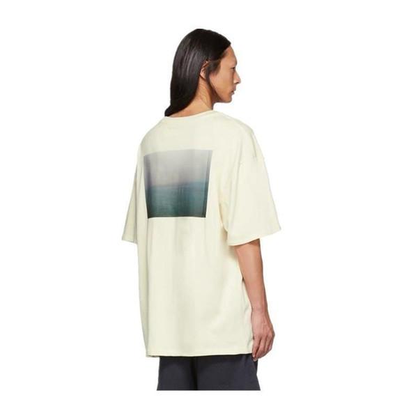 T-Shirt con foto Boxy di nebbia 19ss Fog Essentials T-shirt con stampa fotografica limitata California Uomo a maniche corte T-shirt bianca e alta qualità Hfbytx322