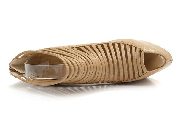 Dünya turu 2019 yeni kadın tasarımcı lüks kişilik bayanlar moda güneşlikler koyun içi boş balık ağzı sandalet süper yüksek topuklu