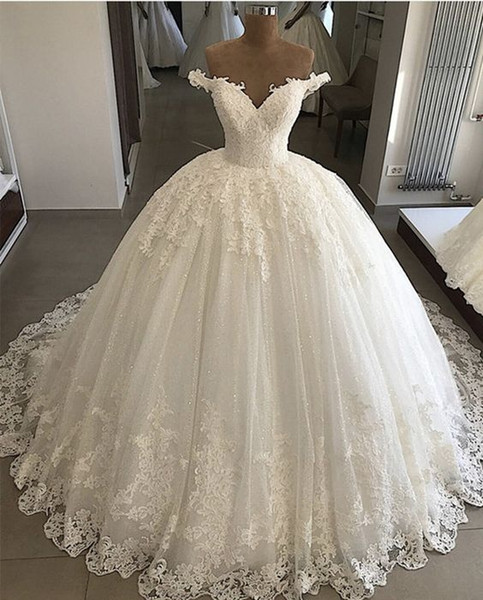 Robes De Mariée En Dentelle De Mariée 2019 Nouveau De La Longueur De Plancher D'épaule Applique Robe De Mariée Tull Robes De Mariée