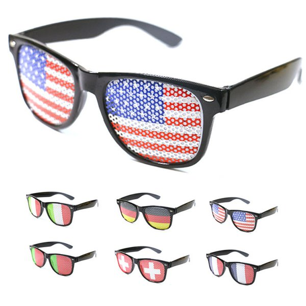 top popular Hole flag USA America sunglasses Unisex Eyewear outdoor beach sunglsses fashion Accessories plastic sunglasses party favor FFA2158 2019