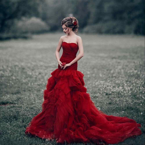 Vintage Red Country Mermaid Wedding Dresses Sweetheart Strapless Tiers Ruffle Skirt Court Train Corset Garden Bridal Gowns Cheap Plus Size