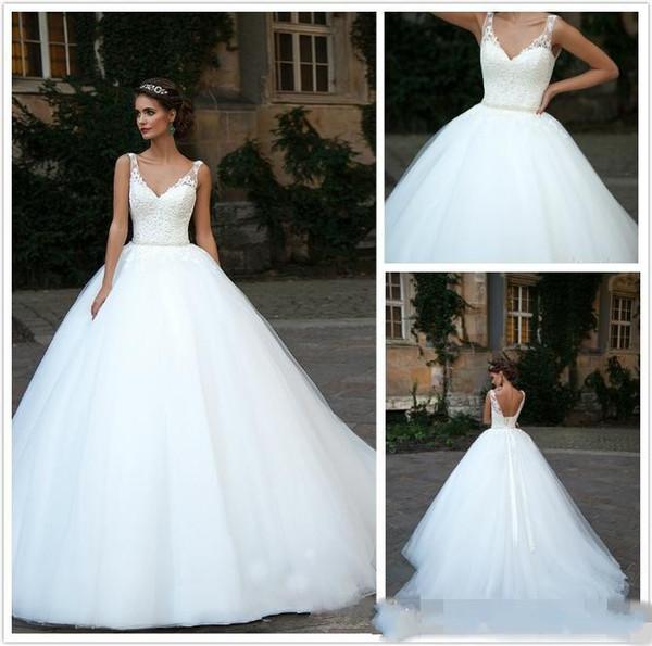 2019 Vestidos De Casamento Decote Em V Lace Applique Pérolas Backless Sashes Beads Vestidos De Novia Capela Trem Plus Size Formal Vestidos De Noiva