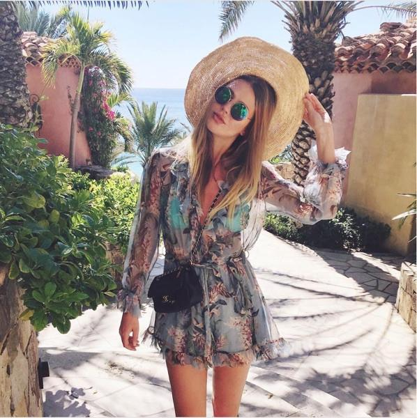Bllocue High Quality 2018 Sexy Women Runway Print Elastic Waist Rompers Summer Flare Long Sleeve Loose Boho Beach Jumpsuits S19713