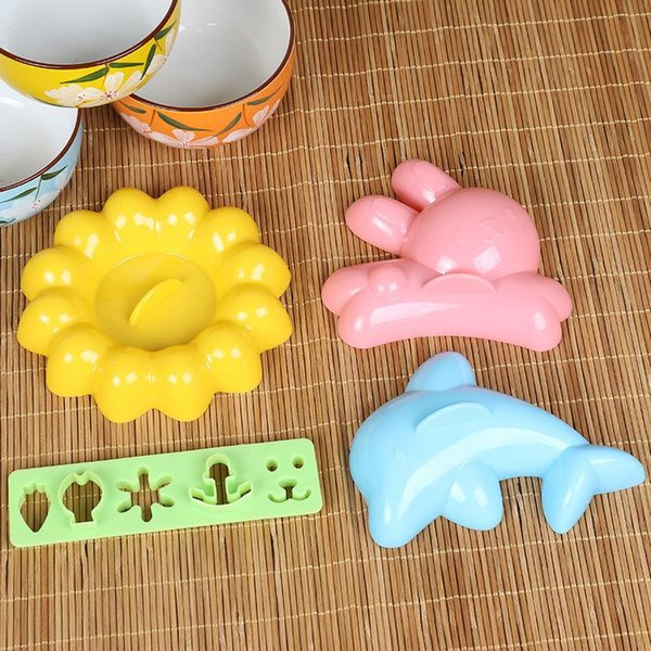 4Pcs/lot New Catoon Rice Sushi Mold Maker Sandwich Cutter Decorating Mould Mold Kitchen Tools New Arrival D01