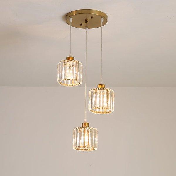 Comedor de oro Luminaria de cristal 3 Cabezales Moderno Bar de lujo Lámpara colgante Restaurante minimalista Escaleras Colgante de luz